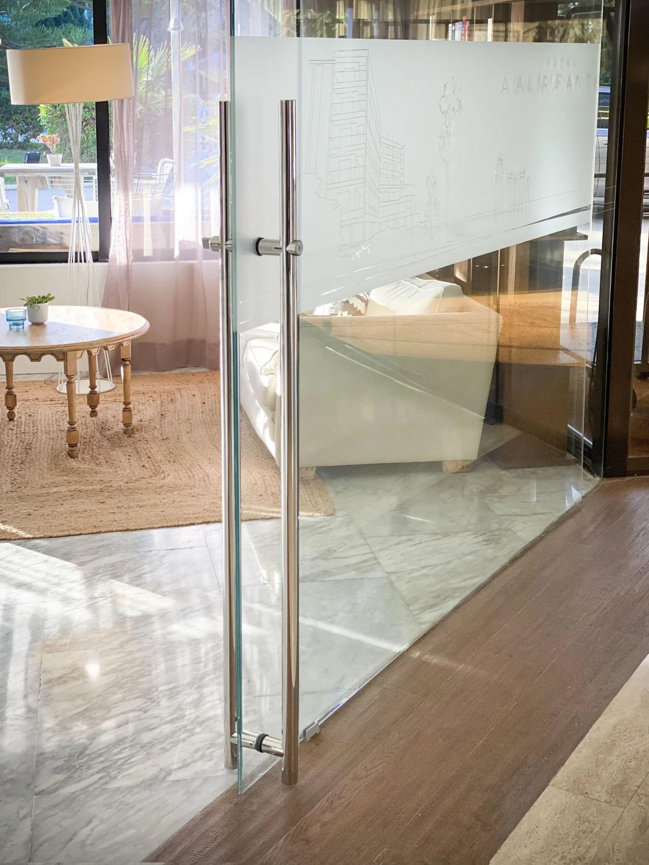 Tirador puerta acero inoxidable para puerta casa de cristal